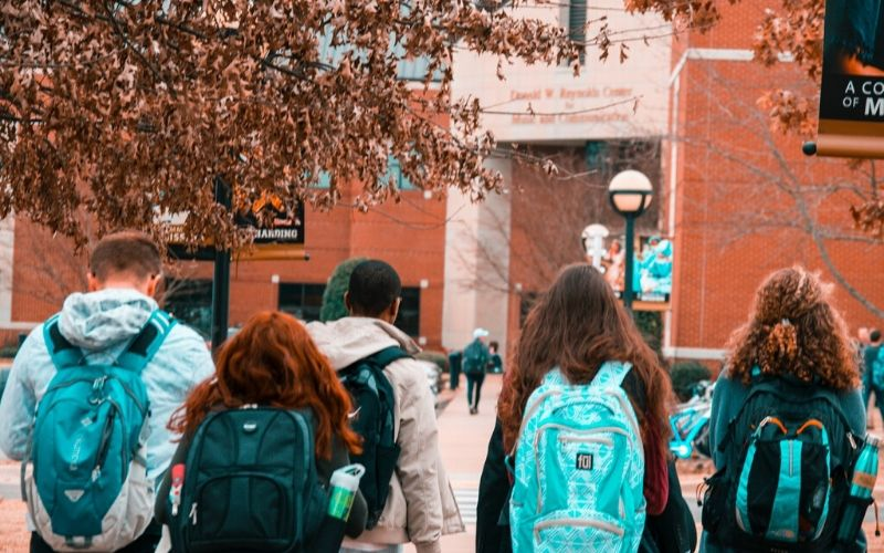 university-students-wearing-backpacks-1