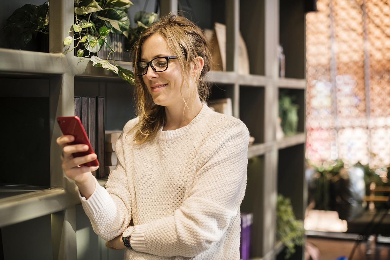 woman-scrolling-on-social-media-on-phone